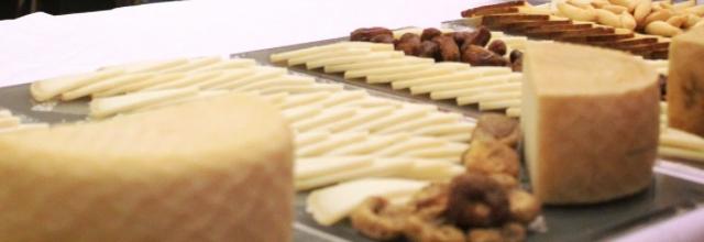 El Seminario Profesional del Queso y la Restauración arrancó hoy lunes con el objetivo de potenciar la tradición quesera de Lanzarote