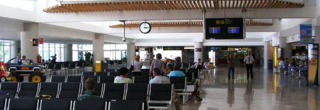 Lanzarote recibe un 15,27% de turistas más durante el primer semestre de 2014 con respecto al mismo periodo del pasado año
