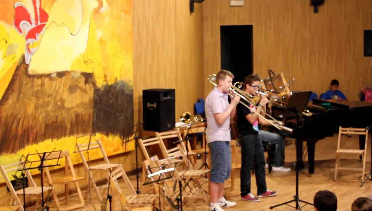La Escuela Municipal de Música de Tías oferta una quincena de cursos formativos dirigidos a niños y adultos