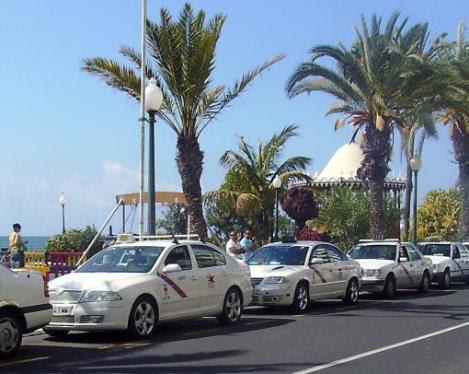 Arrecife publica la lista provisional de admitidos para obtener el permiso de taxis