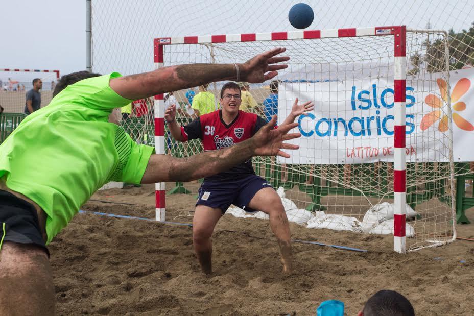 Gran final del Torneo de Balonmano Playa en Puerto del Carmen