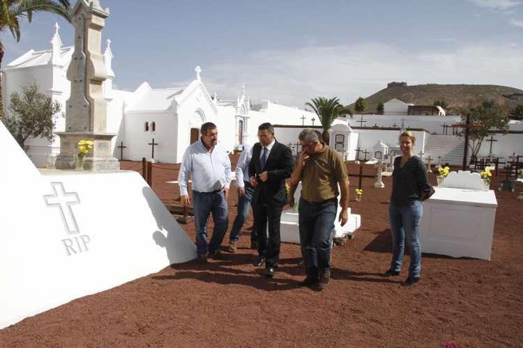 Teguise reabre el primer camposanto católico de Lanzarote