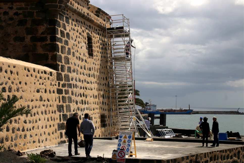 Los CACT acometen la rehabilitación de las fachadas del Castillo de San José