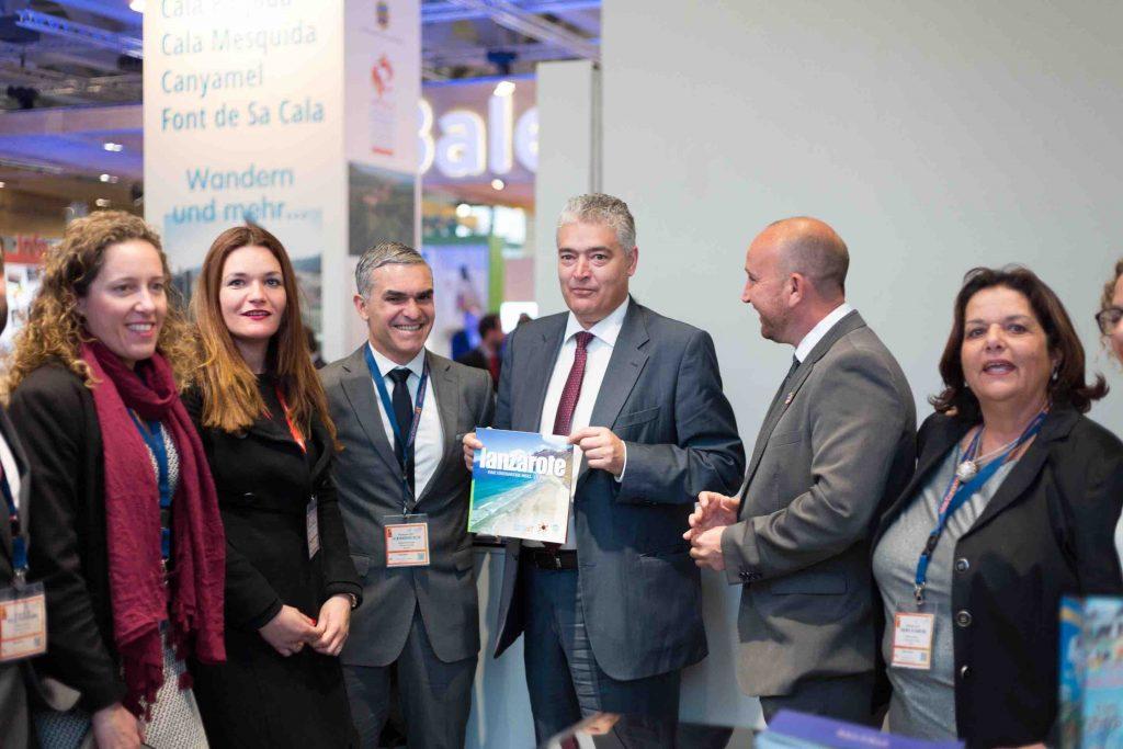 """Lanzarote culmina el primer día de ITB con """"sólidos signos de mejora"""" del mercado alemán"""