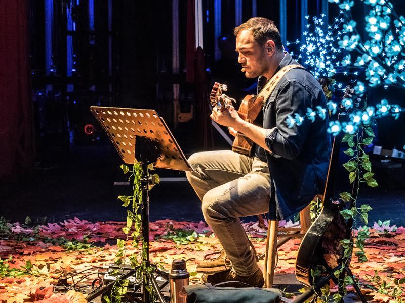 El cantante Ismael Serrano actuará este viernes 17 de noviembre en el Teatro El Salinero