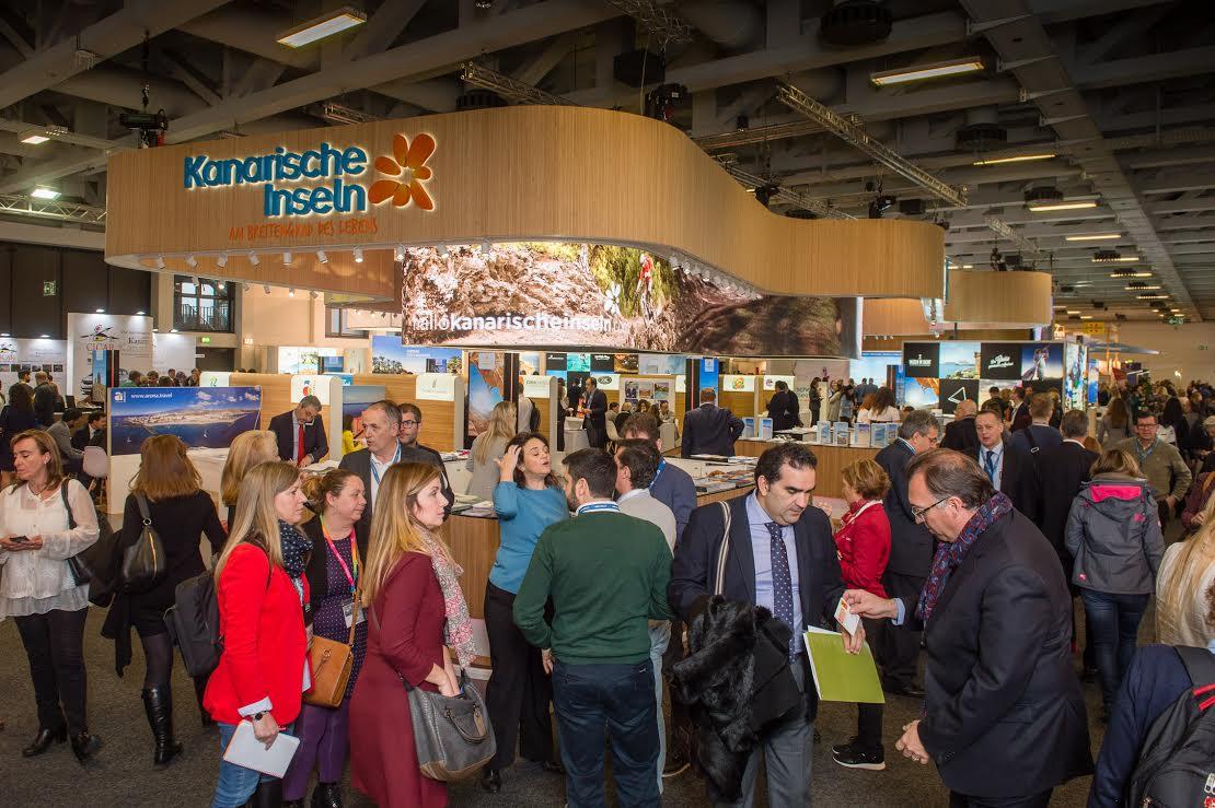 Canarias intensifica en Berlín los contactos con las compañías aéreas para garantizar la conectividad de las Islas