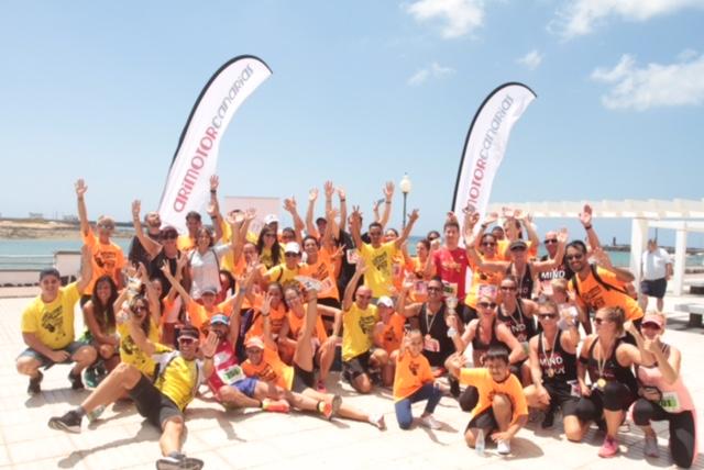 La Avenida de Arrecife se llena de solidaridad con la carrera 'Ponte en mis pies'
