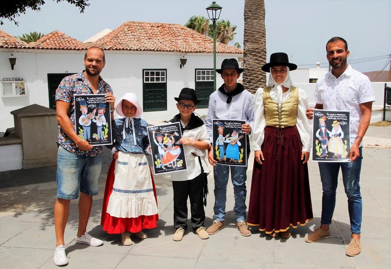 Yaiza fomenta el buen uso de la vestimenta tradicional canaria
