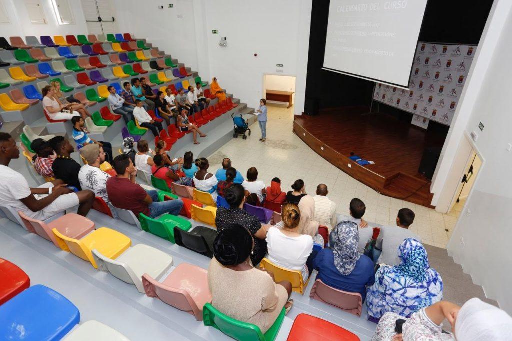 El Ayuntamiento de Arrecife reanuda hoy el curso de español para extranjeros 2017-18