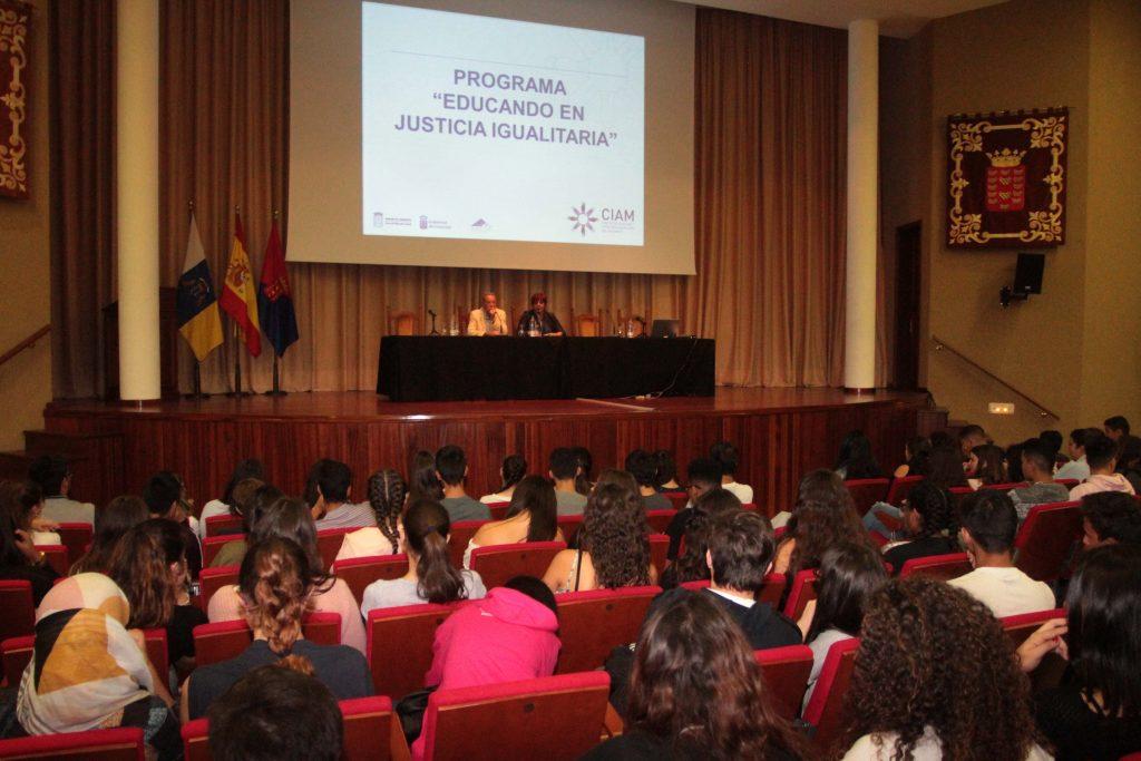 El programa Educando en Justicia Igualitaria regresa a las aulas por segundo año consecutivo