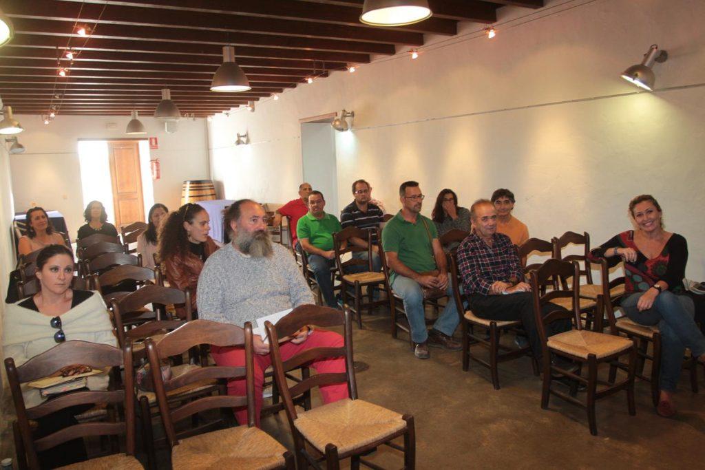 La primera Jornada Formativa en San Bartolomé sobre la gestión de asociaciones y administración electrónica cuenta con una buena acogida