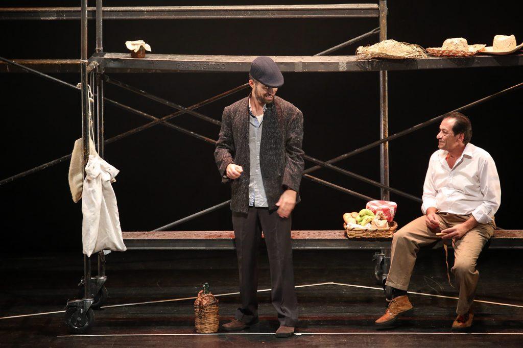 Las cara más actual de 'Corredera' se sube al escenario de la muestra final de los Premios Réplica de la mano de Profetas de Mueble Bar