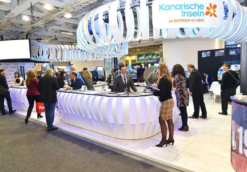 Turismo Lanzarote reedita por segundo año el acuerdo promocional con TUI que le convertirá en 2018 en el primer operador de la isla del mercado alemán