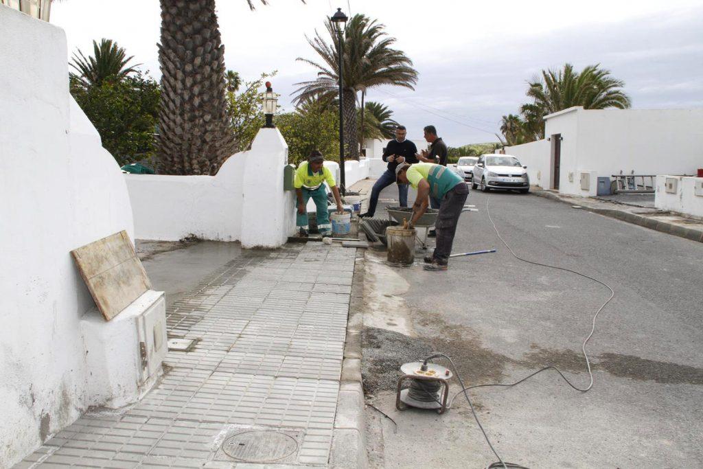 Teguise continúa con la hoja de ruta de las obras de mejoras exigidas por los vecinos