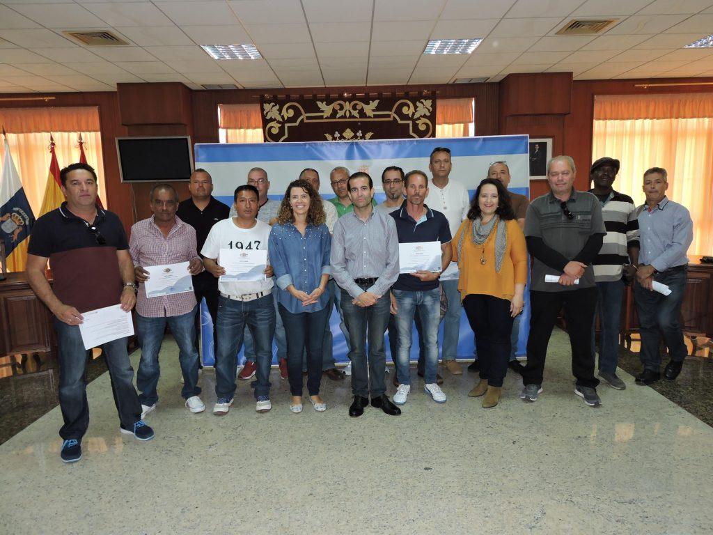 Sesenta personas se han beneficiado de los cursos de poda de palmeras y recursos preventivos impartidos por el Cabildo de Lanzarote