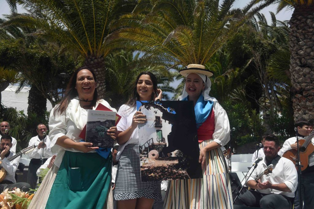 """El primer premio del 'Concurso de Fotografía con Móvil' organizado por la concejalía de juventud se lo llevó la foto """"El canto del trigo"""" de Claudia Morales Tejera"""