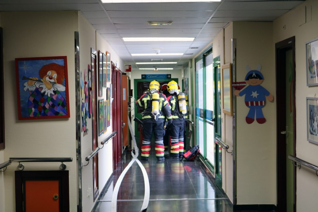 El Hospital José Molina Orosa realiza su simulacro anual de emergencias