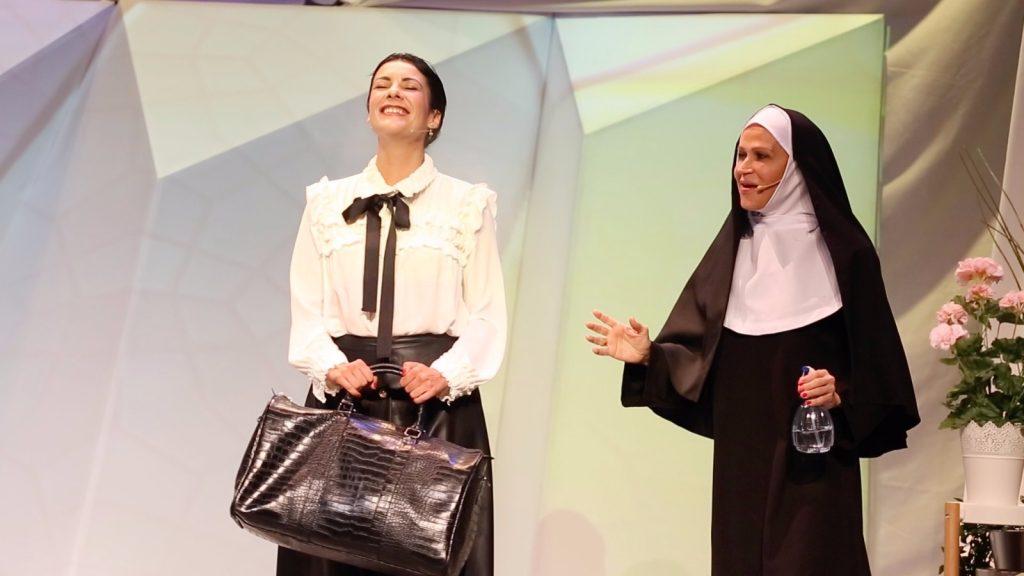 La exitosa comedia 'El cielo según San Juan' ocupa el escenario de Expomeloneras