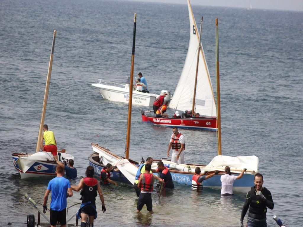 El viento provoca la suspensión de la primera regata de la Liga de 5 metros