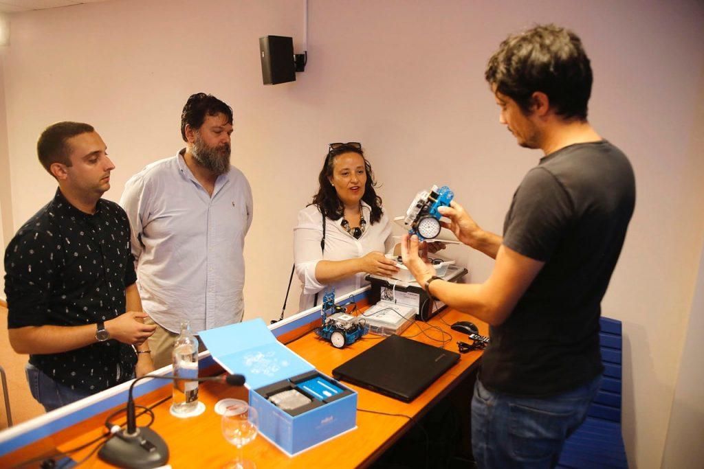 El Cabildo de Lanzarote acercará la robótica y la realidad virtual a niños y adolescentes de la isla
