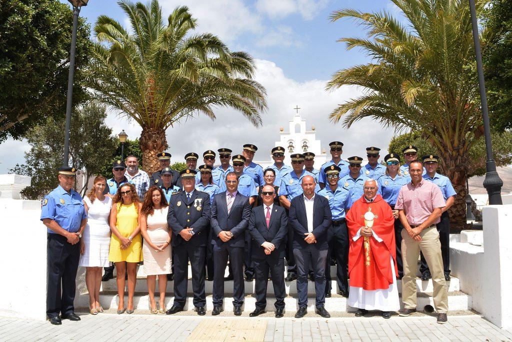 La Policía Local de Tías ha celebrado este viernes la festividad de su santo patrón, el Cristo de la Veracruz