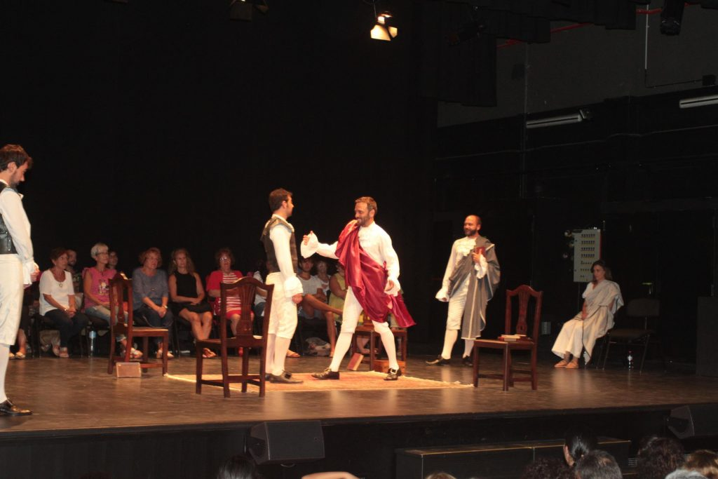 El Teatro El Salinero en pie ante el estreno absoluto en castellano de la obra clásica 'Lucrecia o Roma libre'