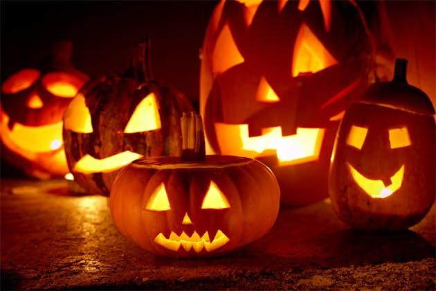 Tías solicita civismo a los jóvenes en la Noche de Halloween