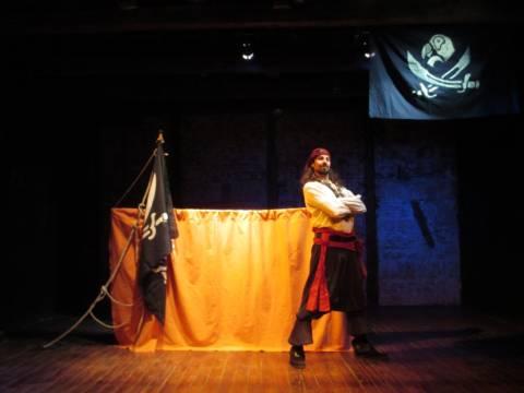 El espectáculo de títeres ' Quiero ser pirata' llega al Teatro Municipal de Tías