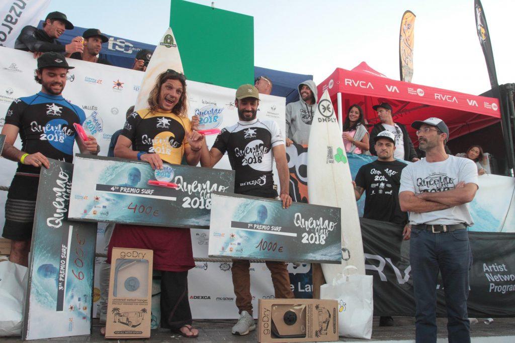 Jonathan González y Amaury Laverne, vencedores del 'IV Campeonato Internacional de Surfing & Bodyboard Quemao Class'