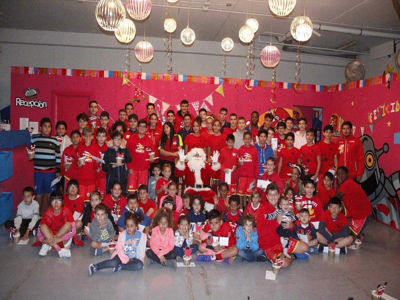 El CB Grubati celebró en Marina Lanzarote la tradicional fiesta de Navidad