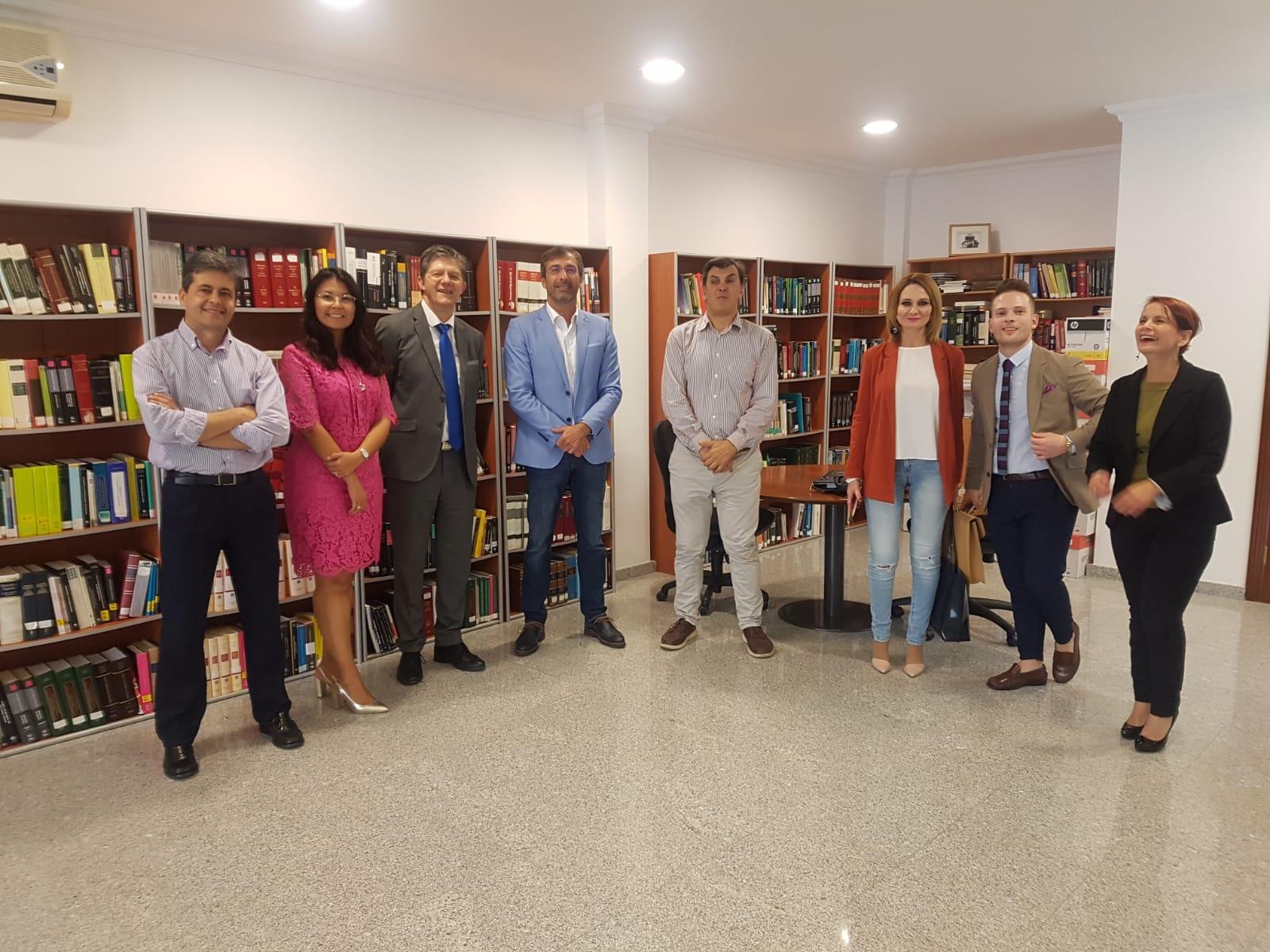 El Colegio de la Abogacía de Lanzarote ya cuenta con una sala de formación y los medios técnicos necesarios para el desarrollo del servicio de asistencia jurídica gratuita en la isla