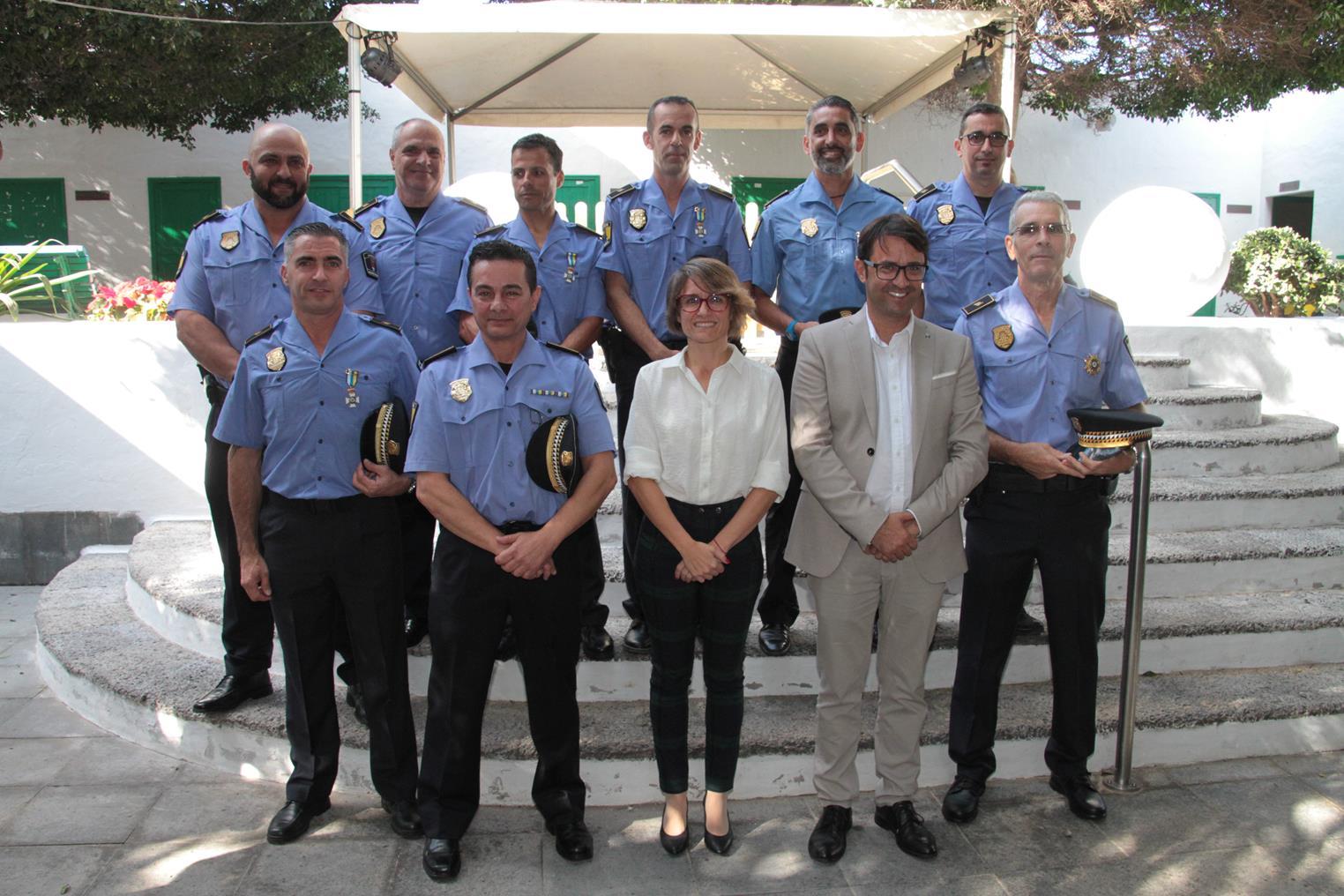 Arrecife celebra el Día de la Policía Local con la entrega de distinciones y la toma de posesión de siete agentes