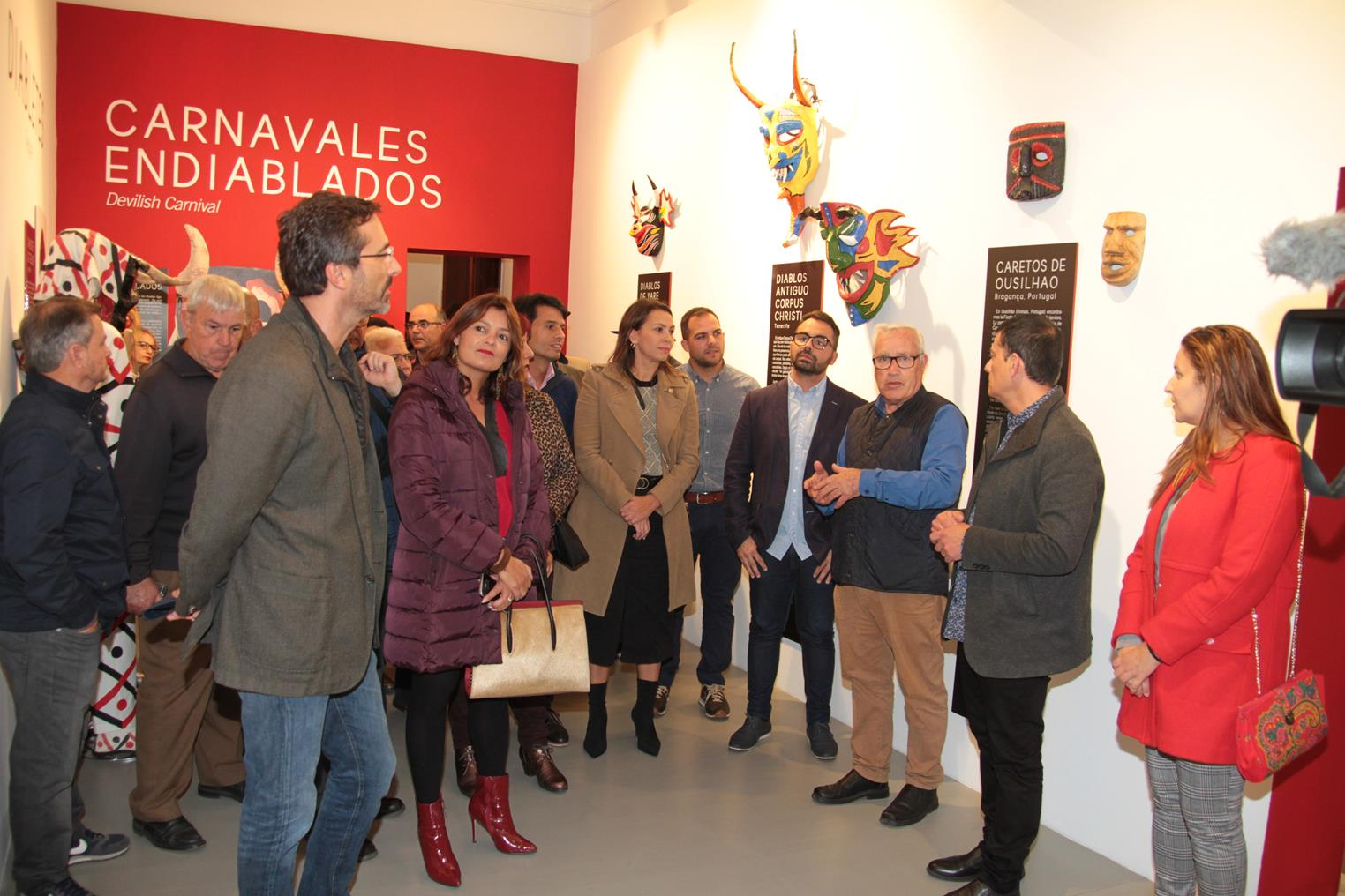 Pedro San Ginés y Echedey Eugenio agradecen y felicitan a 'Los Diabletes' de Teguise y a 'Los Buches' de Arrecife «por mantener vivas estasseñas identitarias del carnaval tradicional de Lanzarote»