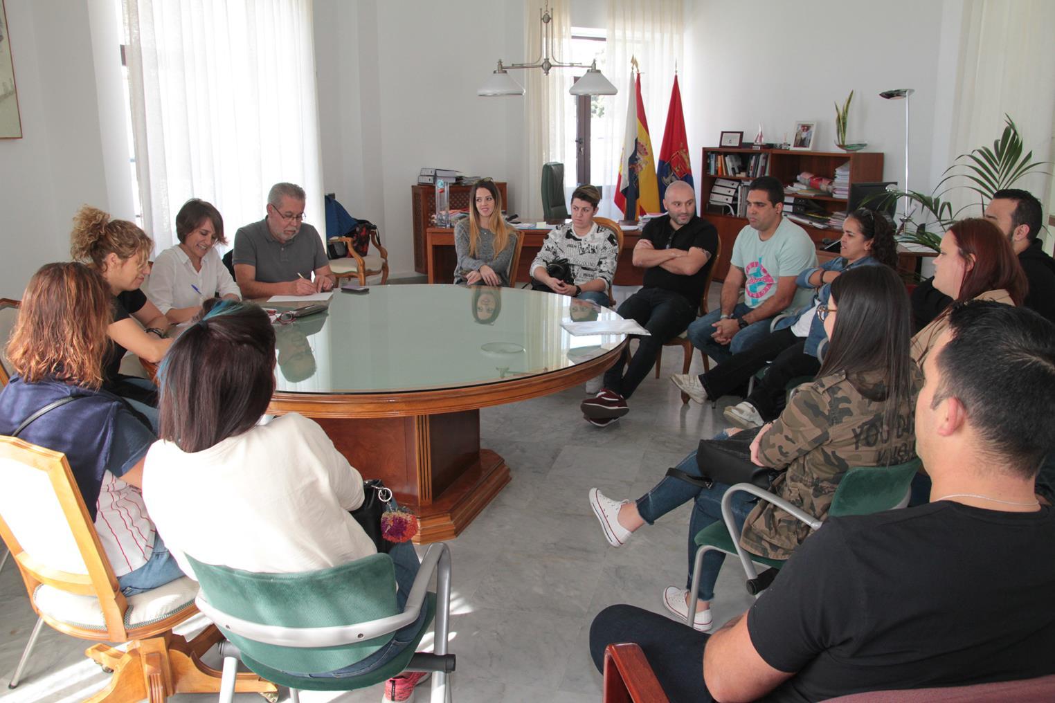 El Ayuntamiento de Arrecife y las murgas llegan a un acuerdo para la celebración del Carnaval