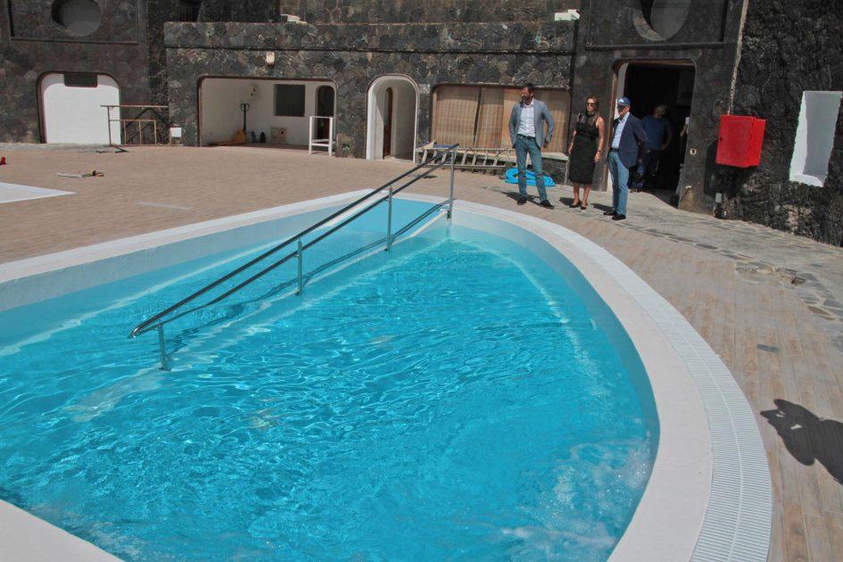 El Cabildo de Lanzarote, el Gobierno de Canarias y AFA pondrán en servicio las primeras piscinas públicas terapéuticas de la isla