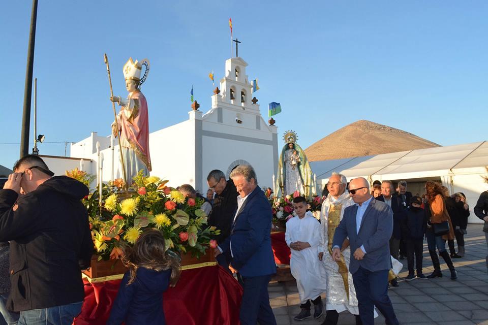 'La procesión de San Blas y el espectáculo 'A Tierra', con grandes trimplistas de Canarias, ponen el broche a las fiestas de Tías