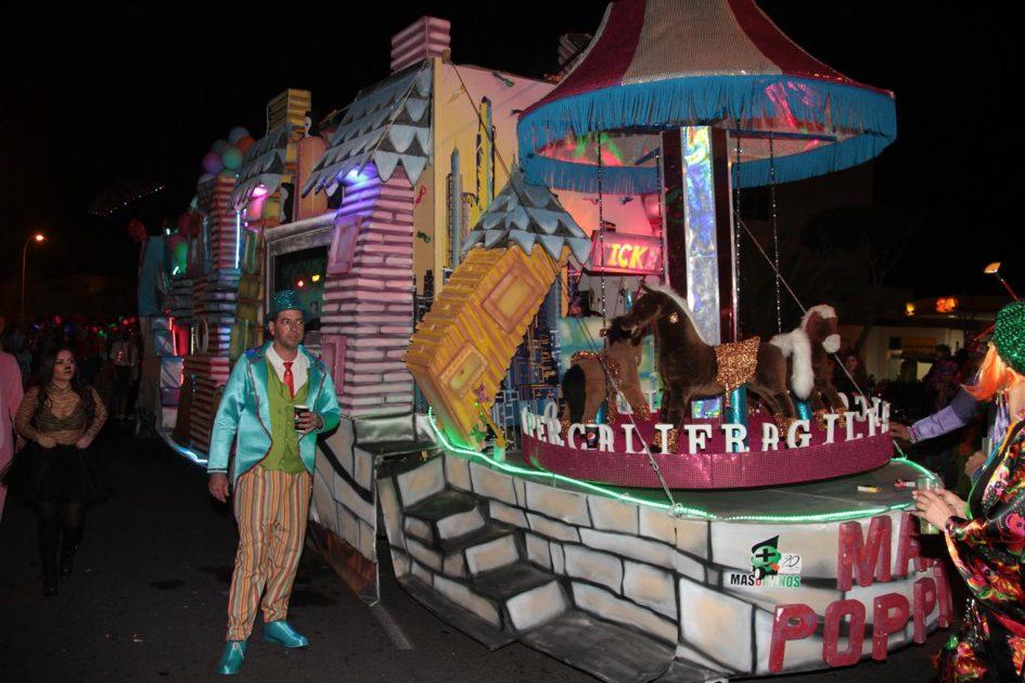 'El regresó de Mary Poppins', la mejor carroza en el desfile de Arrecife