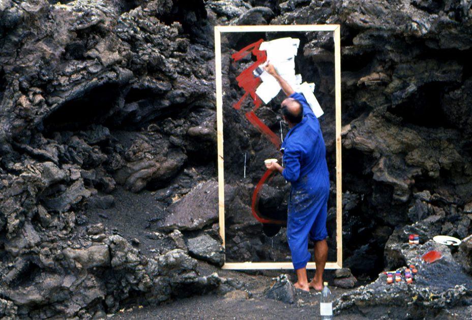 El Cabildo de Lanzarote busca imágenes de César Manrique