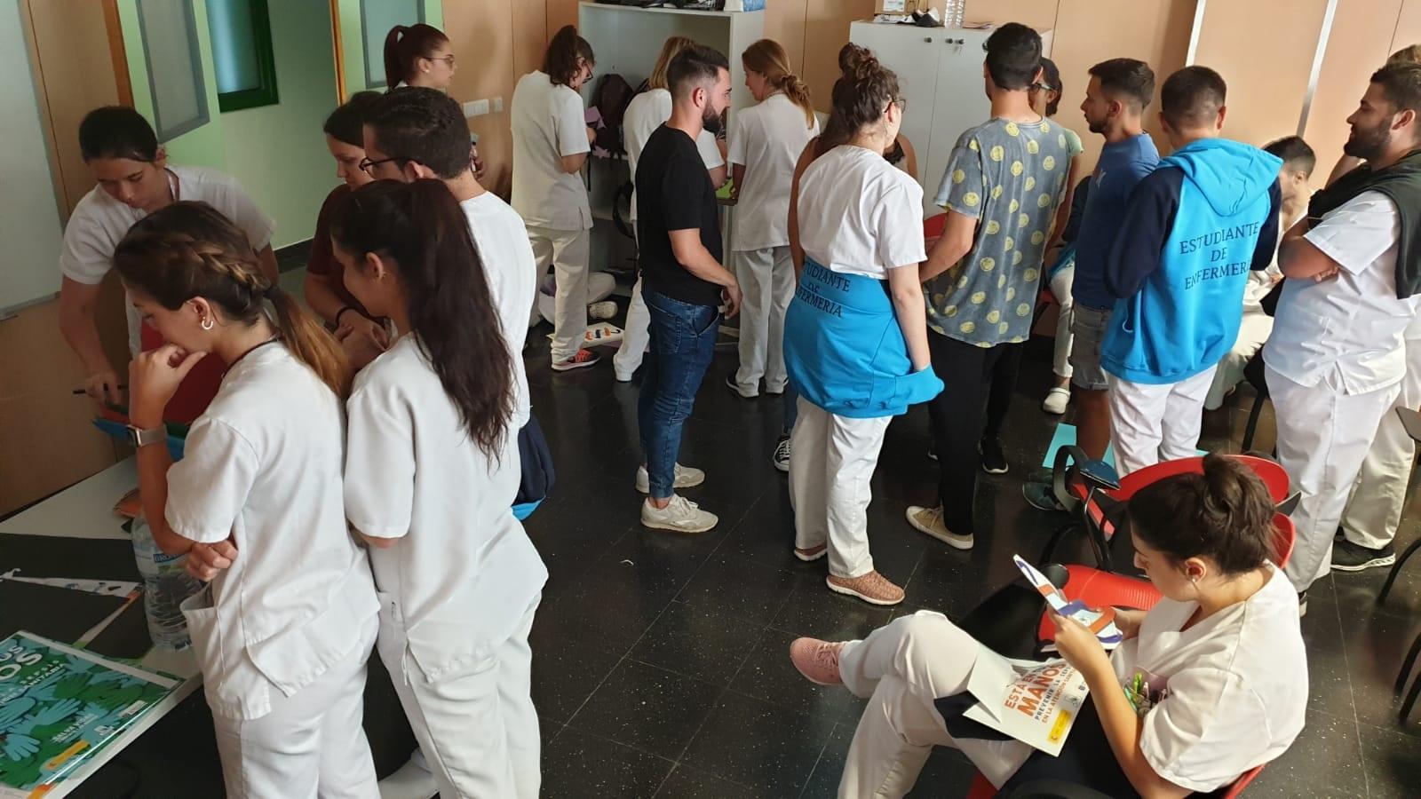 El Área de Salud de Lanzarote celebra el Día Mundial de la Higiene de Manos con talleres y mesas informativas