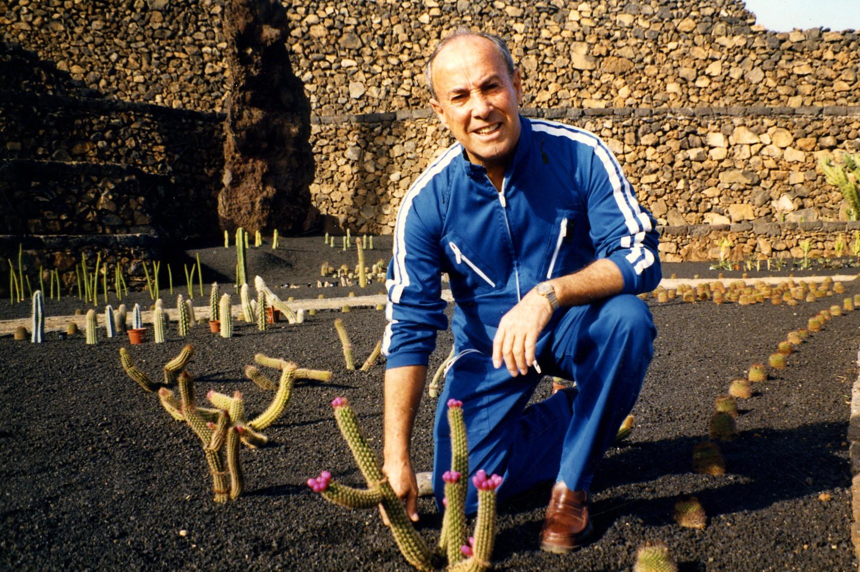 César Manrique, Hijo Predilecto de Arrecife