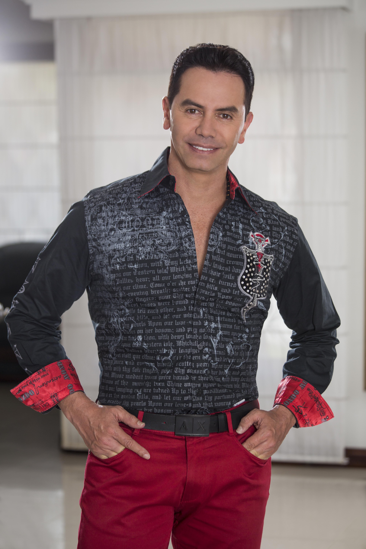 El colombiano Jhonny Rivera protagoniza la  noche de Gran Tarajal