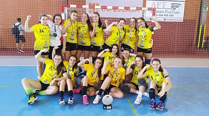 Las juveniles del CB Puerto del Carmen se quedan en Galicia a las puertas de la fase final Campeonato de España