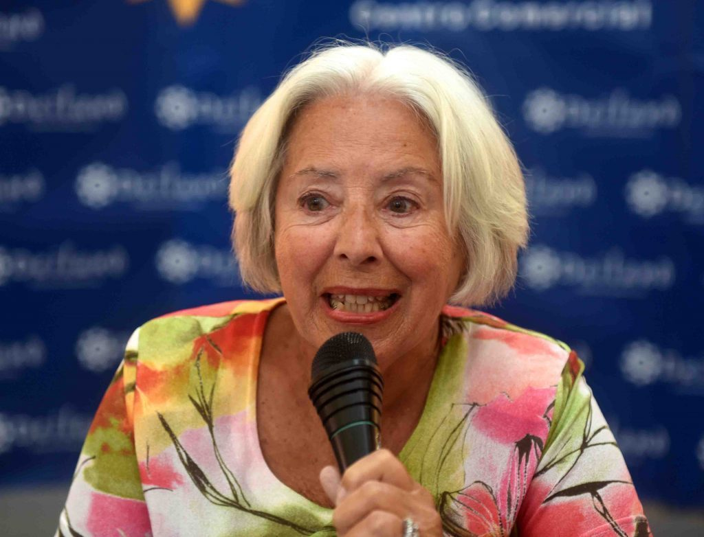 """La escritora Chicha Reina presenta en Arrecife su obra """"Mujer y Cultura en Canarias"""""""