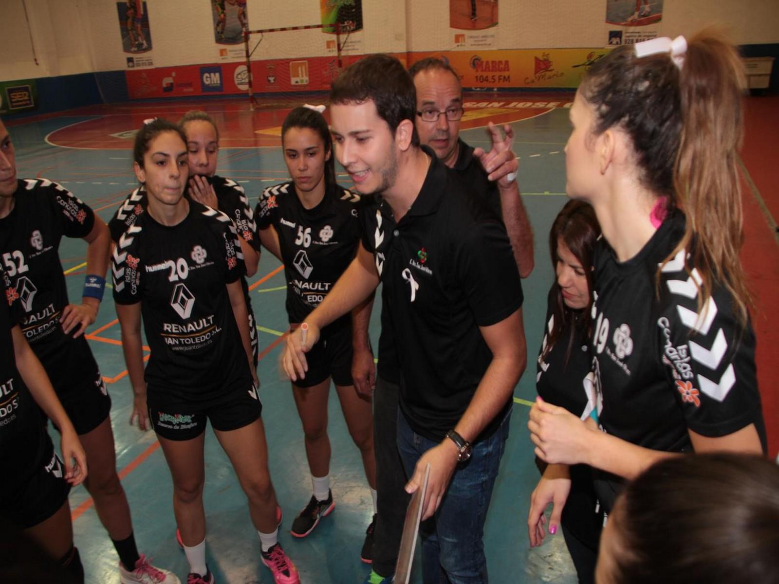David Betancort seguirá dirigiendo el equipo femenino del San José Obrero