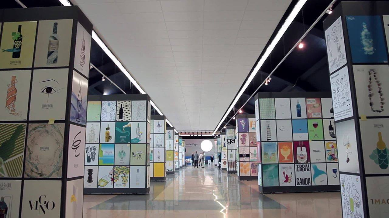 Terras Gauda convoca a los diseñadores de Lanzarote a la 14ª Bienal Internacional de cartelismo concurso Francisco Mantecón que reparte 16.000€ en premios