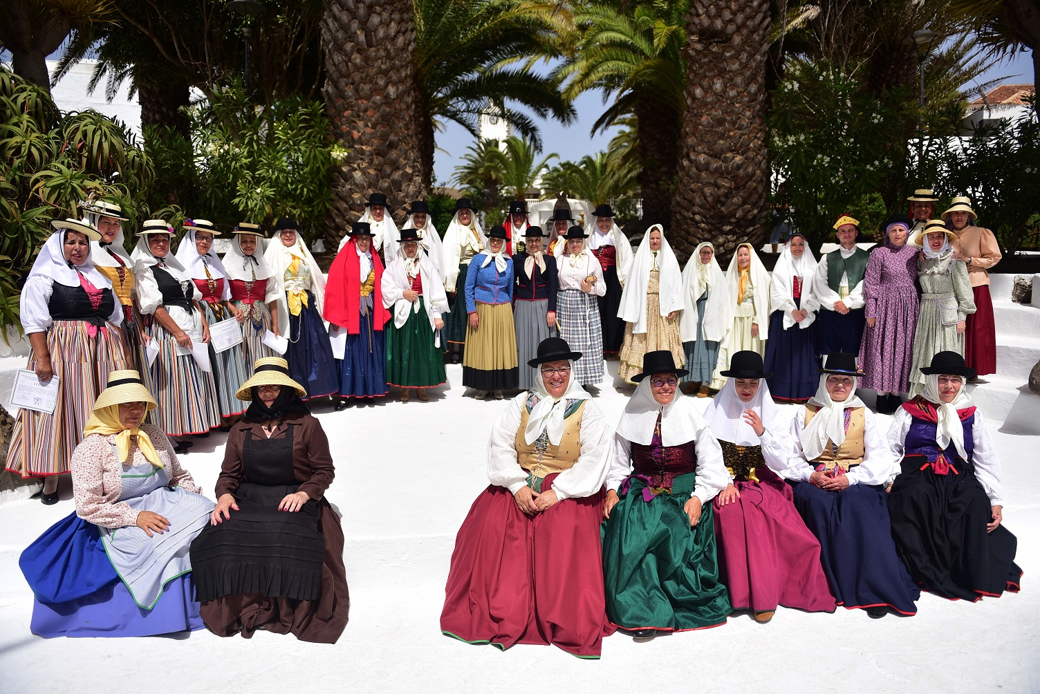 El Mercado Agrícola y Artesanal de San Bartolomé revivió el Día de Canarias