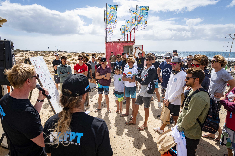 Arranca el mejor windsfurf en la Playa de Las Cucharas con unas condiciones inmejorables
