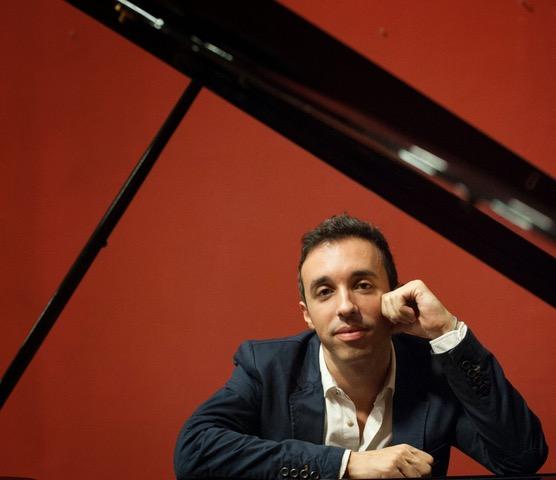 El tenor Gómez Ruíz y el pianista Clemente Estupiñán clausuran las jornadas multidisciplinares en la Real Academia de Bellas Artes