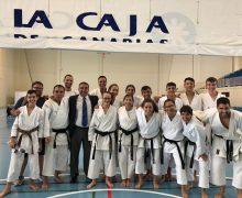 El Ayuntamiento de Tías felicita a la Escuela Municipal de Karate de Tías-Club Suhari por los logros alcanzados en un examen del Cinturón Negro hasta cuarto Dan, organizado por la Real Federación Española de Karate y DA