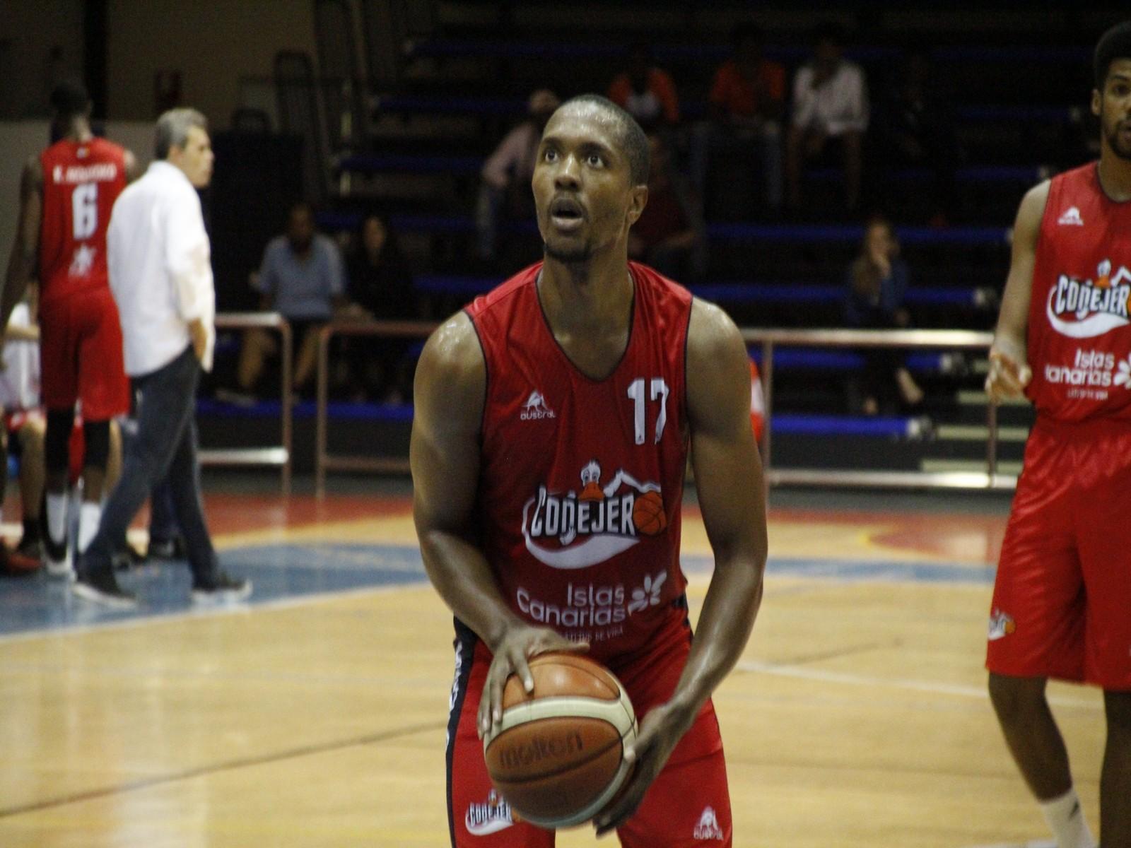 Richard Nguema continuará en el Aloe Plus Lanzarote Conejero